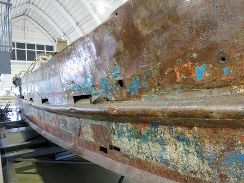 海上保安資料館横浜館工作船側面