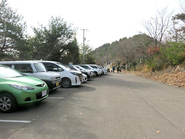 天空の鳥居「高屋神社」駐車場