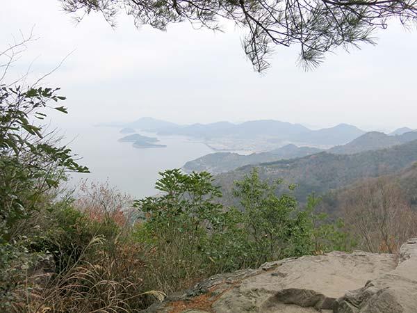 天空の鳥居「高屋神社」仁尾方面展望所
